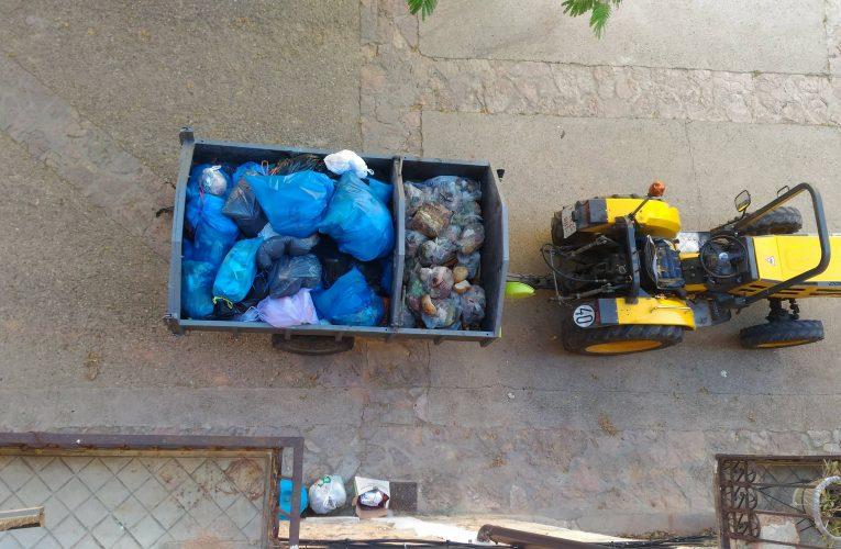 Les escombraries es recolliran demà a la tarda en lloc de dimarts