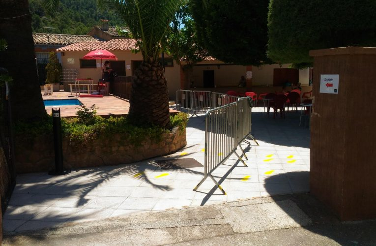 L'Ajuntament limita l'accés a la piscina: només abonats
