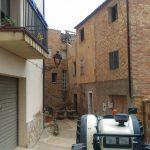 Comença l'enderroc de la casa en ruïnes de Beat Joan d'Organyà